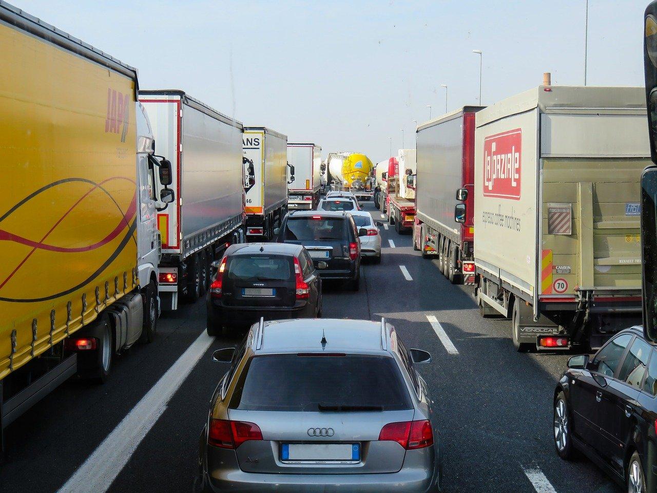 Giełda transportowa – pozyskiwanie zleceń online