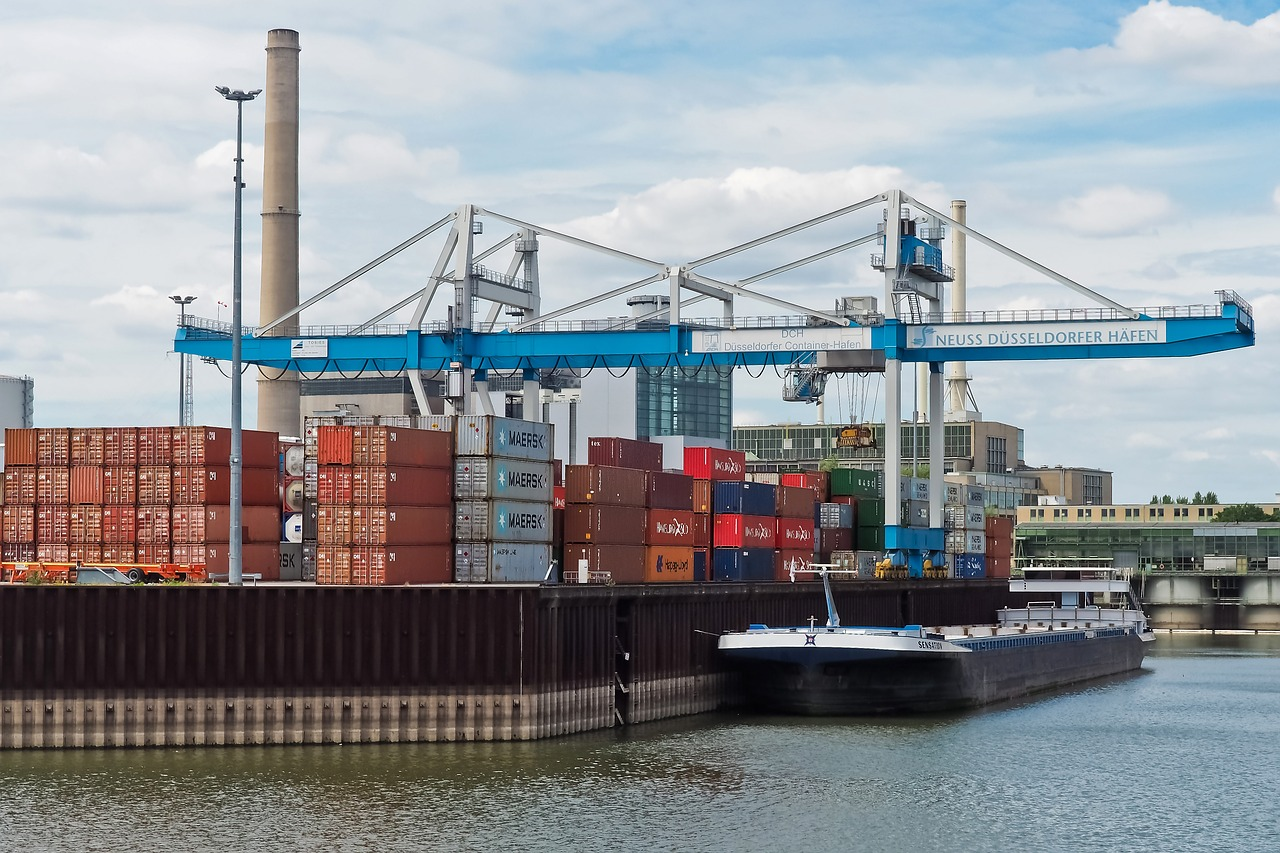 Transport wodny śródlądowy